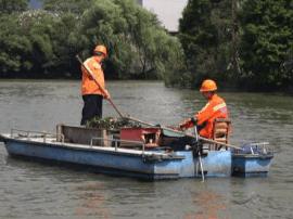 盖山镇开展灾后内河整治行动 集中清理辖区内河