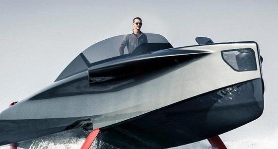 土豪的新玩具!实拍超豪华游艇