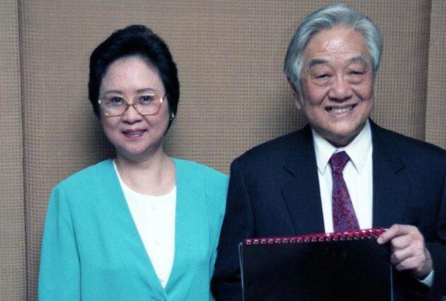 琼瑶平静面对新书争议 谈丈夫:很无奈,他的命