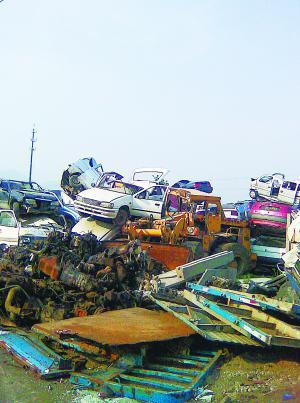 报废车重生的零部件:从黑市卖到修理厂再利用