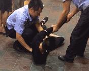 """警方:""""男子持枪打劫珠宝店""""消息系谣言"""