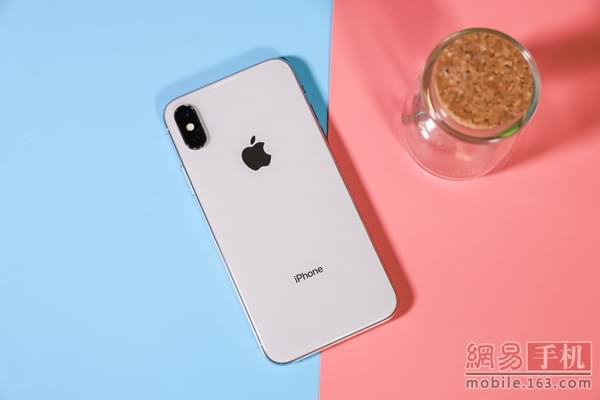 iPhoneX/Note8/Mate10 Pro横评:谁是地表最强?