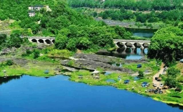重庆旅游现美景 生态绿色大洪湖