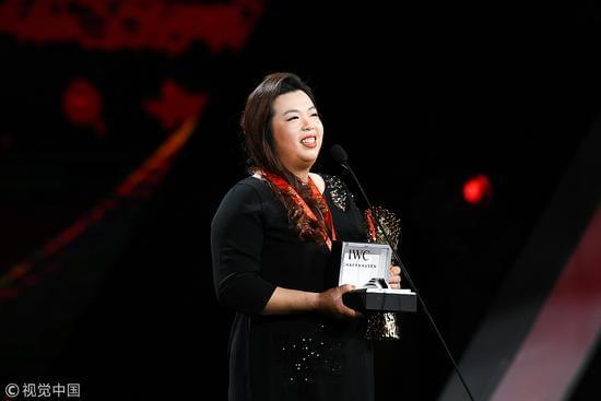 冯珊珊获得2017中国十佳劳伦斯最佳突破奖。