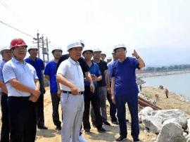 运城市水务局局长靳虎刚慰问基层一线职工
