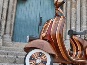这辆木头电动车 一点不比平常的车差