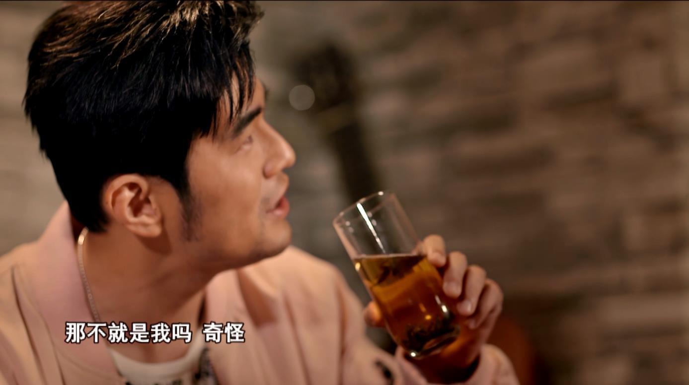 """周杰伦与神秘导师上演""""中国风鼻祖之争"""""""