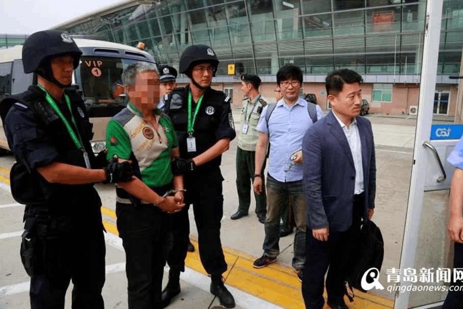 青岛警方抓获两名外籍涉毒逃犯 移交日韩警方