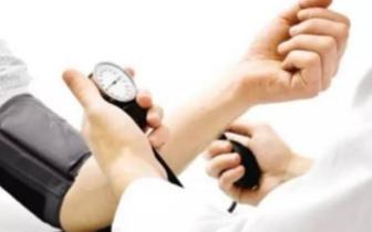 """专家:5种原因让高血压""""缠上""""年轻人"""