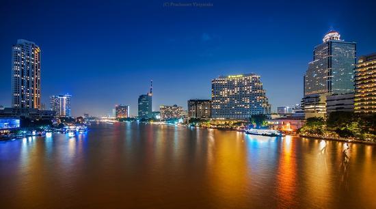 地铁-湄南河公寓住房助推器