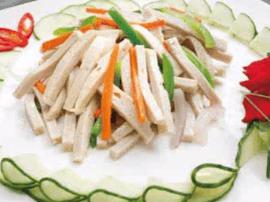 五百年历史的海陵三丝炒鱼面靓丽味美