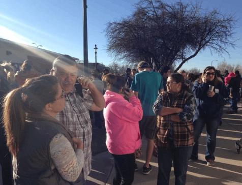 美新墨西哥州一高中发生枪击事件
