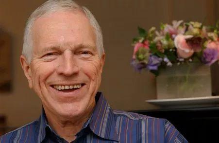 85岁高龄诺奖得主:特朗普不靠谱 | 网易研究局