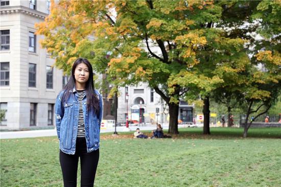 受访人郑涵,就读于渥太华大学传媒专业二年级