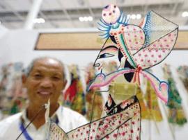 唐山皮影醉观众 展示唐山文化的独特魅力