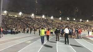 加州大学洛杉矶分校收到炸弹威胁 数百学生被疏散