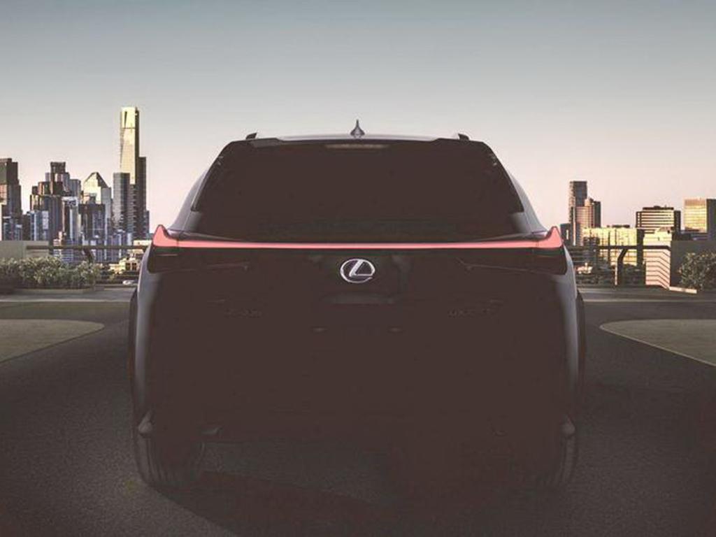 全新紧凑级SUV 雷克萨斯UX将3月正式首发