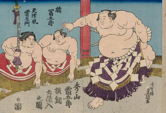 惊艳日本千年的女子相扑是怎样被男人打下台的?