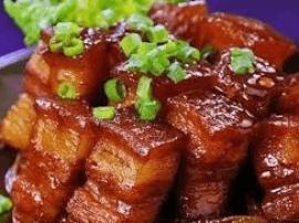 唐山市民这样做猪肉 能让卤肉香浓5倍!