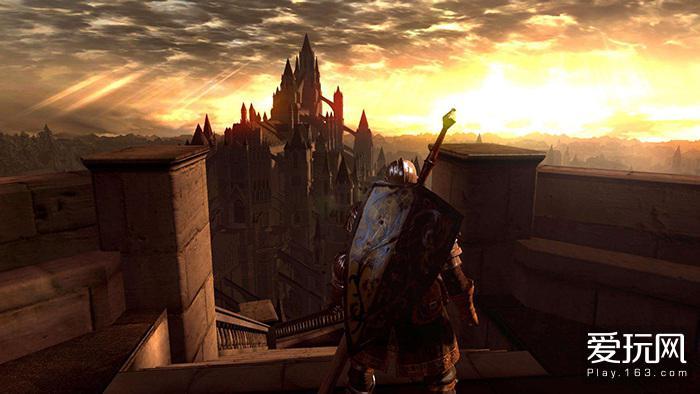 你望着终将陷落的神城,仿佛能看到时间的尽头