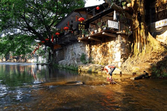 重庆这个风景如画的古镇 帮范伟拿下金马影帝!