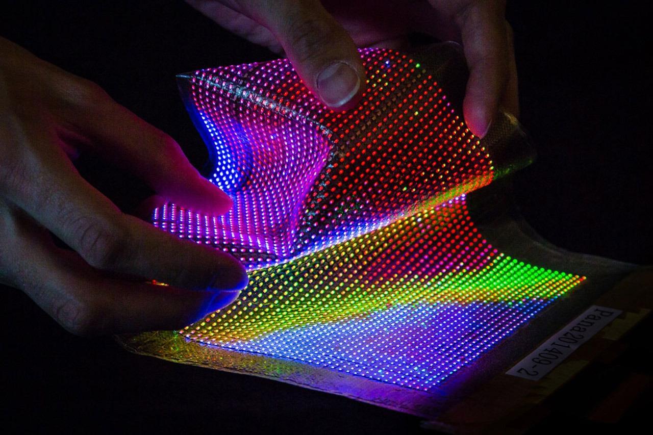 传苹果在自行设计和生产MicroLED屏幕,利空三星LG