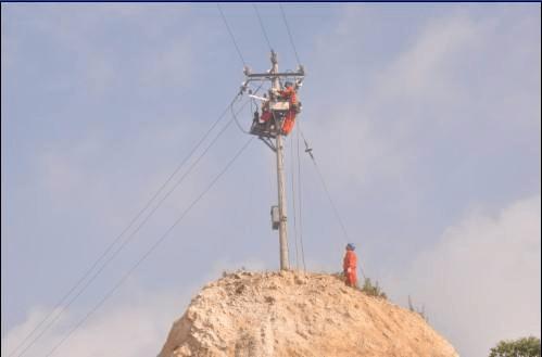 福泉供电局局带电作业消除重大安全隐患