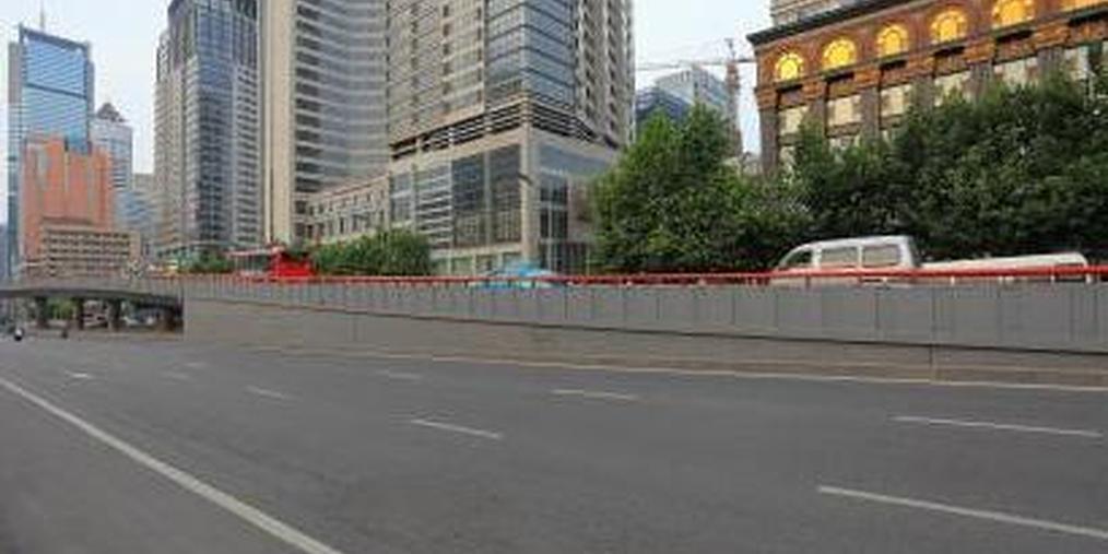 主次干路两侧未经审批的广告牌匾将拆除