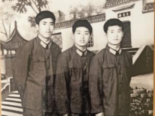 退伍军人汤宏寿:为兑现战场诺言 30年坚持寻找战友家