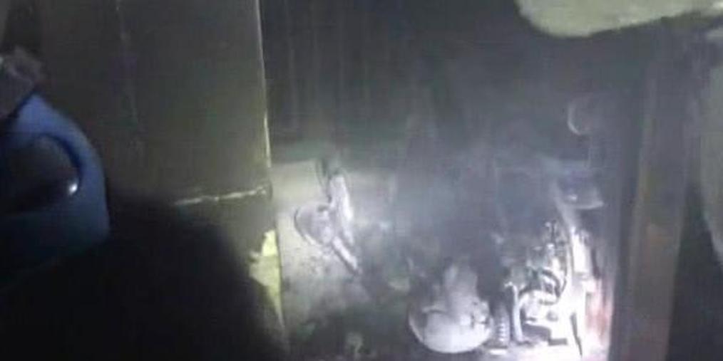 有惊无险!电动车违规充电引发火灾 现场浓烟滚滚