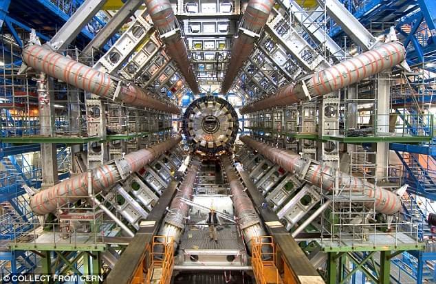 有科学家设想宇宙是十维的 黑洞可通往其他宇宙的照片 - 3