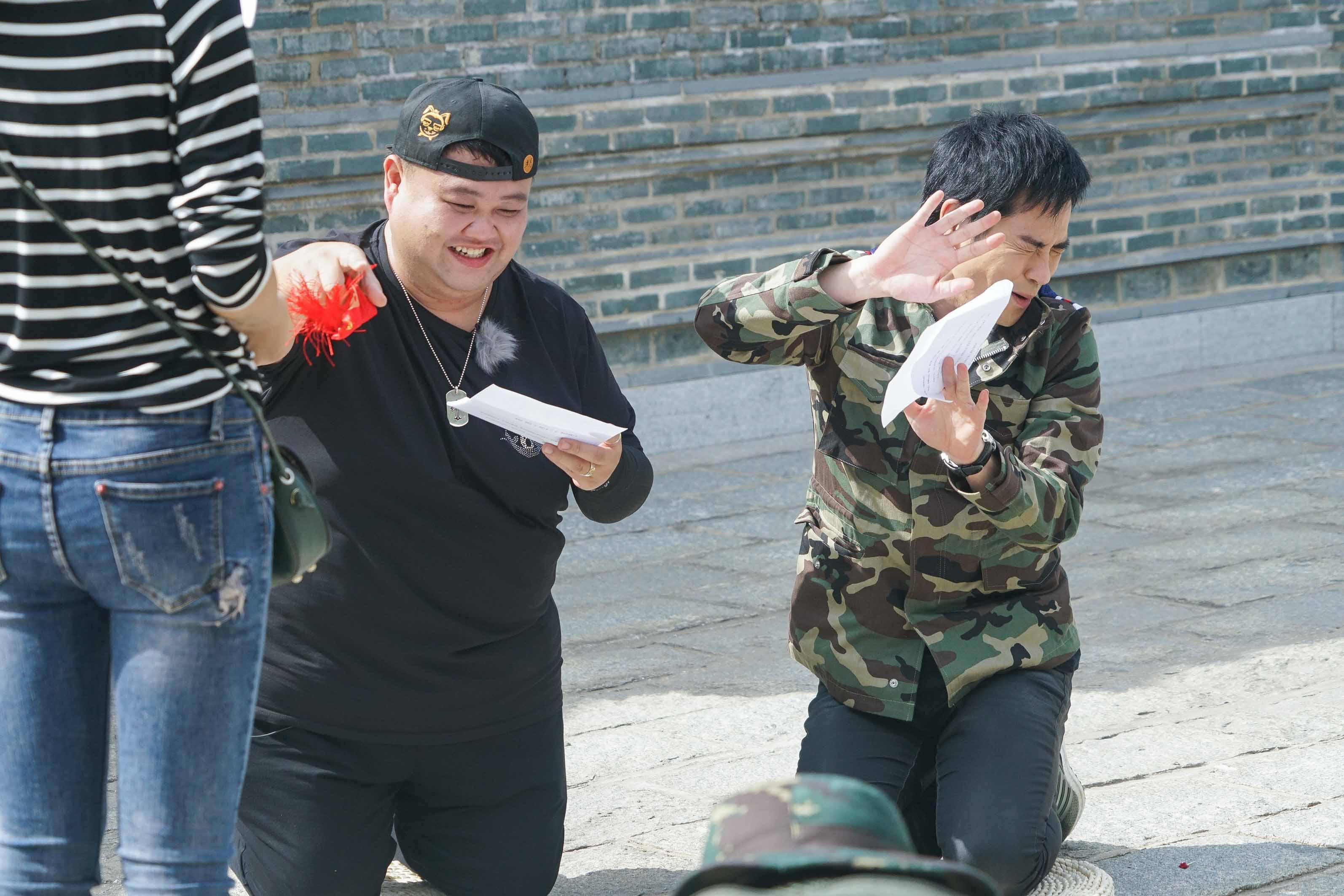 温兆伦当导演遭罢工 郑嘉颖质问:是专业的吗?