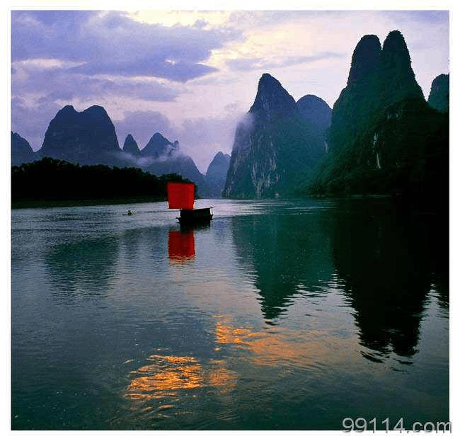 蛮横对待游客 桂林一日游导游被吊销证件