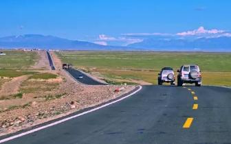 没自驾过这8条公路 就辜负了新疆世界级的风光