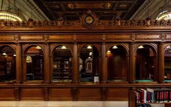纽约百年酒店翻新 男子拍卖旧门赚40多万美元