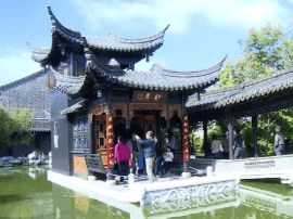 泰州口岸雕花楼景区:每日吸引上万名游客