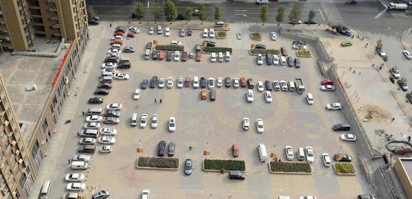"""车往哪里停?中国有车族的""""无位""""困局"""