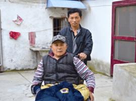 """蔡志林:义务当社区多位独居残疾人""""临时保姆"""""""