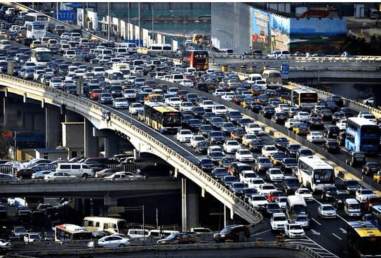 佛山人每日用车次数超北广深 市长说拥堵这样治...