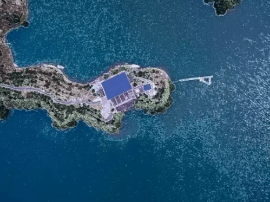 40岁大叔盘下杭州一座岛 自建海景房当岛主超潇洒