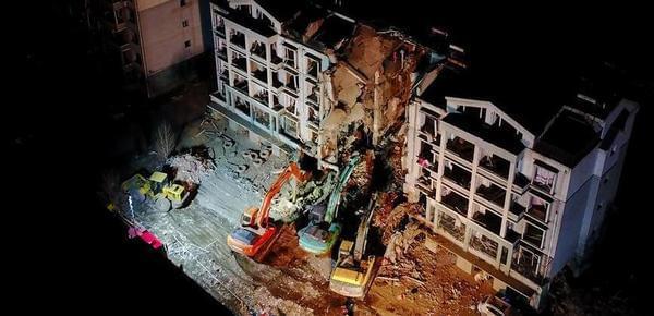 内蒙古包头居民楼爆炸致83户居民房屋受损