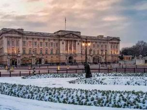 他们说,下雪的伦敦值得一张来回机票