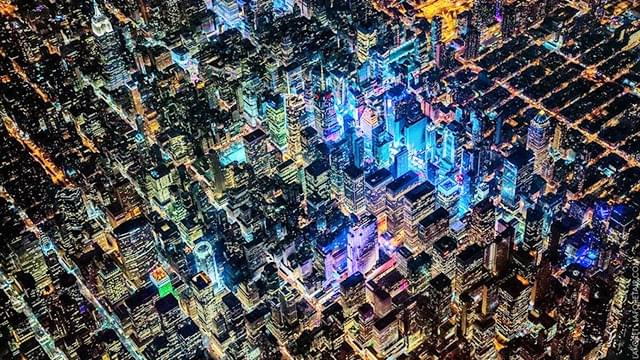 摄影师2000米高空航拍十大都市夜景