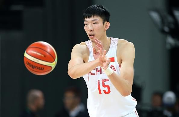 NBA又有中国球员!火箭将签周琦 达成多年期合同