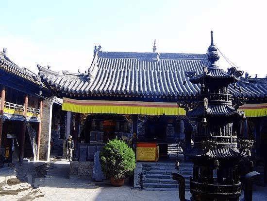 五台山虔诚之旅 仰望佛教圣地的传说