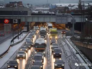 全英暴雪严寒持续10天,学校停课