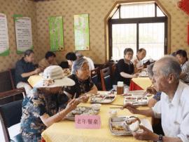 金刚堰社区老年餐厅撤走 储值卡余额咋退?