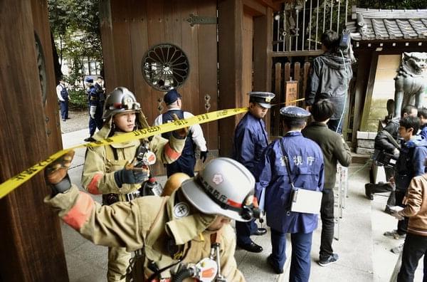 韩国母亲泪求政府带曾炸日本靖国神社的儿子回国