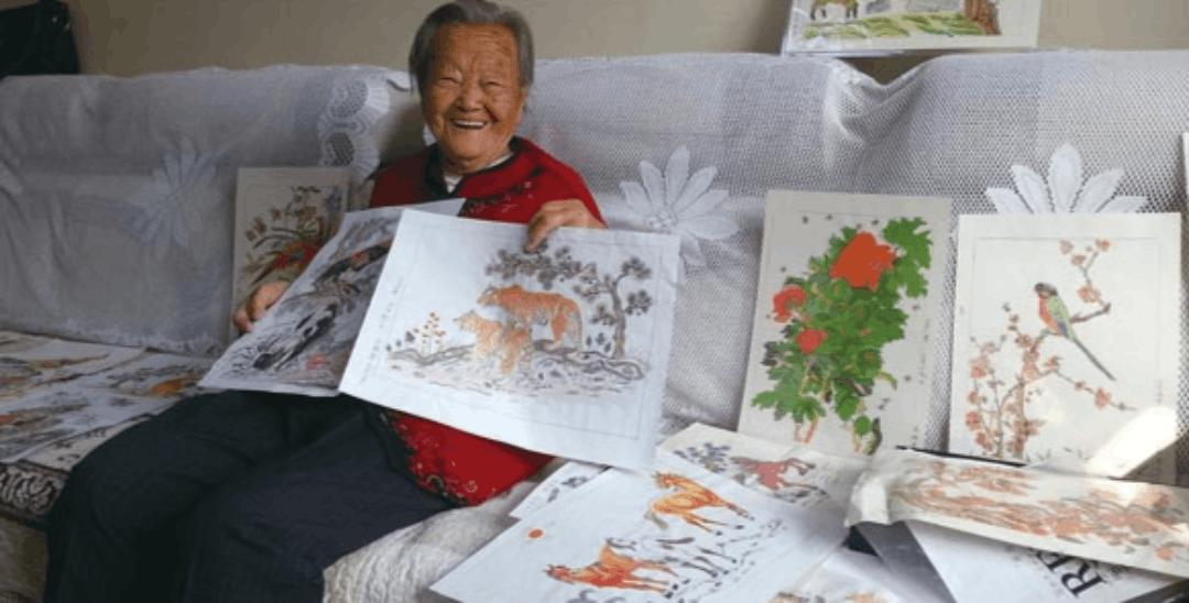 """94岁""""老寿星画家""""想要办画展"""