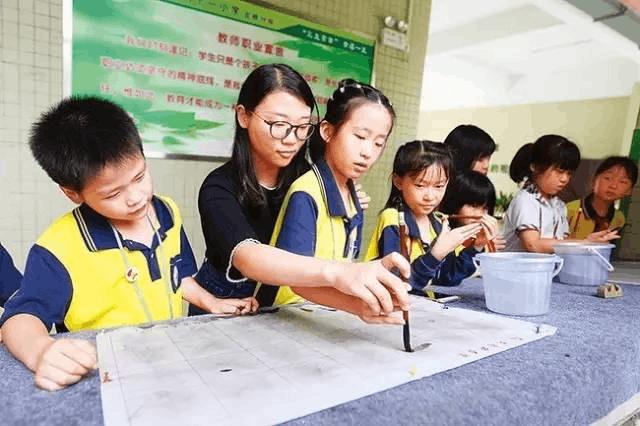 担心学位不够?惠州2017年新增中小学学位超2.2万个!